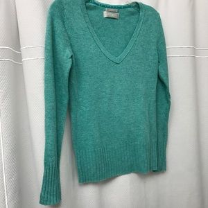 OLD NAVY perfect fit sweater